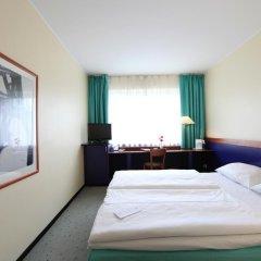 AZIMUT Hotel City South Berlin 3* Стандартный номер с двуспальной кроватью фото 4