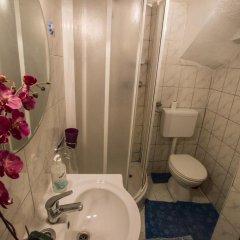 Отель Adriana Downtown Guesthouse ванная фото 2