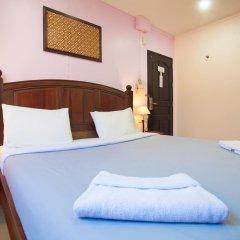 Отель Baan Sutra Guesthouse 3* Стандартный номер фото 18