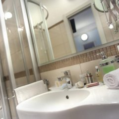 Отель Cadiz Италия, Римини - отзывы, цены и фото номеров - забронировать отель Cadiz онлайн ванная