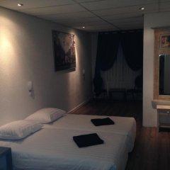 Budget Hotel Barbacan 2* Номер Делюкс с различными типами кроватей