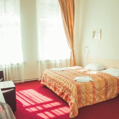 Гостиница Александр 3* Улучшенный номер с 2 отдельными кроватями фото 4