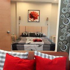 Отель Ratchaporn Place Номер Делюкс с различными типами кроватей фото 36