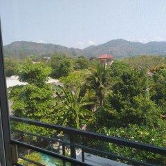 Отель Baan Oui Phuket Guest House балкон