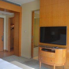Four Seasons Hotel Mumbai 5* Номер Делюкс с различными типами кроватей фото 10