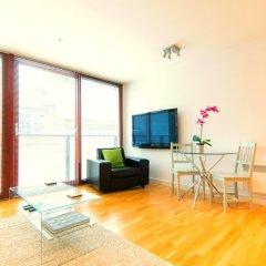 Апартаменты Mitchell Street Glasgow Apartment комната для гостей фото 2