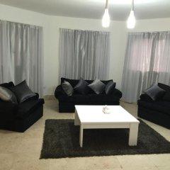 Апартаменты Regency Towers Apartments комната для гостей фото 4
