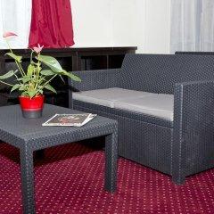 Отель Hipotel Paris Pere-Lachaise Republique 3* Стандартный номер с двуспальной кроватью фото 4