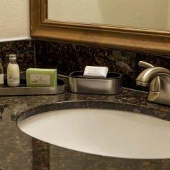 Отель Best Western Plus Greenwell Inn 2* Стандартный номер с различными типами кроватей фото 2