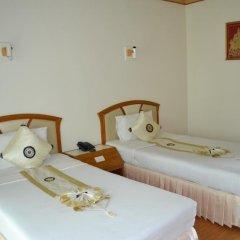 Отель Golden Sand Inn комната для гостей фото 8