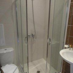 Отель Holiday Apartments in Pomorie Болгария, Поморие - отзывы, цены и фото номеров - забронировать отель Holiday Apartments in Pomorie онлайн ванная