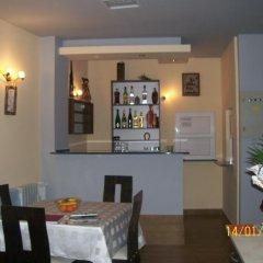 Отель Hera Guest House гостиничный бар