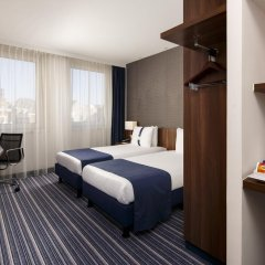 Отель Holiday Inn Express Arnhem 3* Стандартный номер с двуспальной кроватью фото 3
