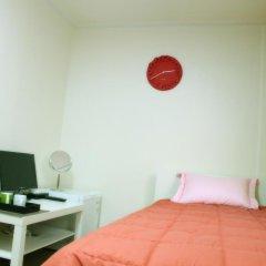 Отель Patio 59 Hongdae Guesthouse 2* Стандартный номер с различными типами кроватей фото 20