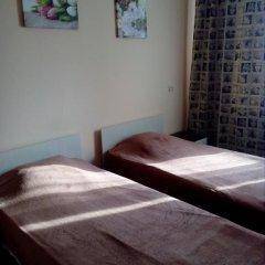Гостиница Искра 3* Стандартный номер с 2 отдельными кроватями фото 11