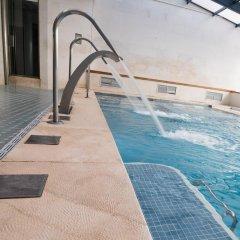 Hotel Spa Paris бассейн