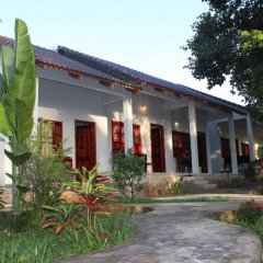 Отель Hoa Nhat Lan Bungalow 2* Стандартный номер с 2 отдельными кроватями фото 3
