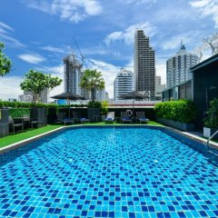 Отель Grand Swiss Sukhumvit 11 Бангкок бассейн