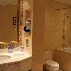 Отель Shanghai Golden Jade Sunshine Hotel Китай, Шанхай - отзывы, цены и фото номеров - забронировать отель Shanghai Golden Jade Sunshine Hotel онлайн ванная