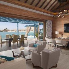 Отель Banana Island Resort Doha By Anantara 5* Вилла с различными типами кроватей фото 10