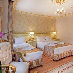 Отель White House Istanbul Стандартный семейный номер с двуспальной кроватью фото 2