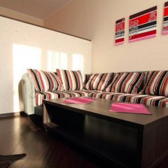 Апартаменты Apartments near the sea in the center комната для гостей фото 2