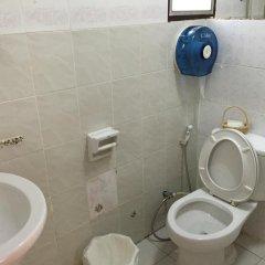 Отель Khun Mai Baan Suan Resort ванная фото 2