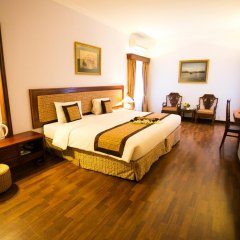 Royal Hotel Saigon 4* Номер Делюкс с различными типами кроватей фото 2