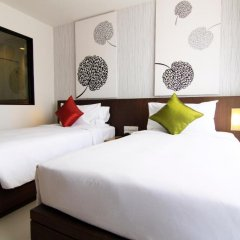 Отель Aspira Prime Patong 3* Улучшенный номер двуспальная кровать фото 11