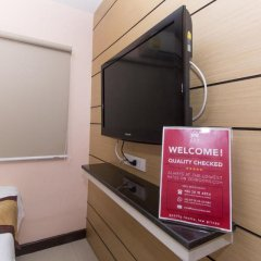 Отель ZEN Rooms Sukhumvit 11 3* Улучшенный номер с различными типами кроватей фото 9