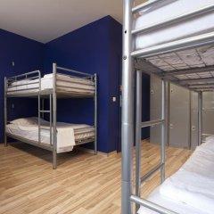 Отель Generator Berlin Prenzlauer Berg Номер с общей ванной комнатой с различными типами кроватей (общая ванная комната) фото 4