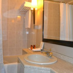 Sheraton Khalidiya Hotel 4* Стандартный номер с различными типами кроватей фото 4