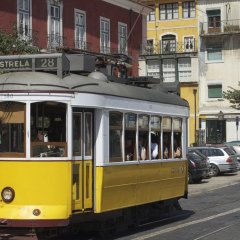 Отель Alfama Place городской автобус