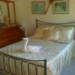Отель Little Savoy Guest House Ямайка, Ранавей-Бей - отзывы, цены и фото номеров - забронировать отель Little Savoy Guest House онлайн комната для гостей фото 2