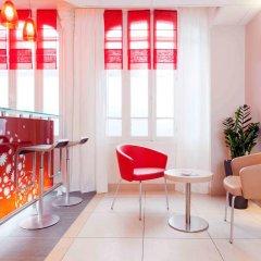 Отель Ibis Tour Montparnasse 15eme Париж интерьер отеля фото 3