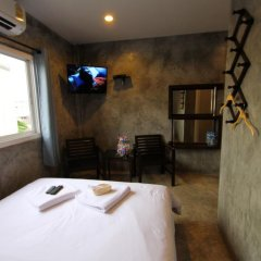 Отель At smile house 2* Улучшенный номер с двуспальной кроватью фото 2