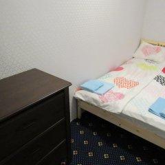 Хостел Aleks Бюджетный номер двуспальная кровать