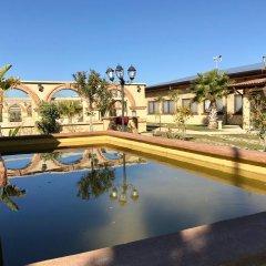 Отель Agriburgio Бутера бассейн