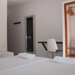 Отель Hostal Las Nieves комната для гостей фото 4