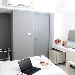 Отель Myhotel Cmyk@Ratchada 3* Стандартный номер с различными типами кроватей фото 5