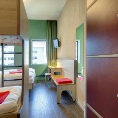 MEININGER Hotel Amsterdam City West 2* Стандартный номер с различными типами кроватей