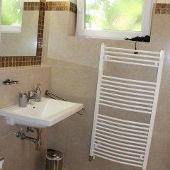 Отель Amadeus Pension 3* Стандартный номер с различными типами кроватей фото 4