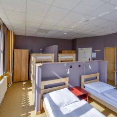 Отель Plus Prague Кровать в общем номере фото 3