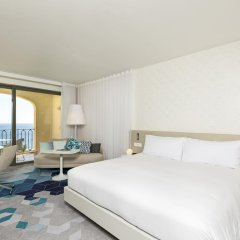 Отель Hilton Malta 5* Номер Делюкс с 2 отдельными кроватями