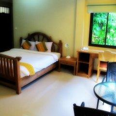 Отель Kata Garden Resort 3* Улучшенный номер с двуспальной кроватью фото 8