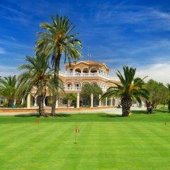 Отель Apartamentos Y Villas Oliva Nova Golf Олива спортивное сооружение