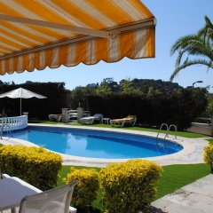 Отель Bonsol Испания, Льорет-де-Мар - 2 отзыва об отеле, цены и фото номеров - забронировать отель Bonsol онлайн бассейн фото 3