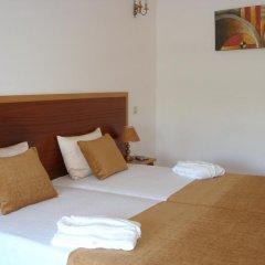 Hotel Louro 3* Стандартный семейный номер разные типы кроватей фото 7