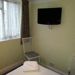 Manor Hotel 2* Стандартный номер с двуспальной кроватью (общая ванная комната) фото 4