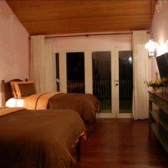 Отель Joaquin's Bed and Breakfast Филиппины, Тагайтай - отзывы, цены и фото номеров - забронировать отель Joaquin's Bed and Breakfast онлайн комната для гостей фото 3